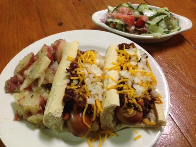 Knockwurst Chili Dogs